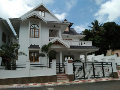 Royal castle  Luxury Villa Project Vakathanam,Kottayam
