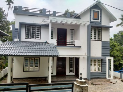 4BHK, 2300sqFt House in 11Cents for Sale in Thodupuzha