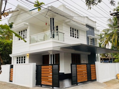 3BHK,2300SqFt House in 4Cents  for Sale at  Tripunithura