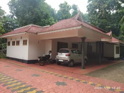 5BHK,2300SqFt House in 30 Cents in Kothala,Pambady,Kottayam
