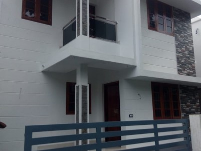 1400 sq ft 3 Bedroom House for Sale at Peruvaram, Paravoor