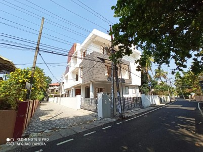 4BHK, 8260SqFt Villa in 7 cents for Sale in Edapally