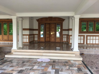 4BHK 3900SqFt in 23 Cents for sale at Perumbavoor,Kuruppampady,Ernakulam