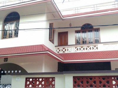 4 BHK 4100 SqFt House for sale at Palarivattom,Ernakulam