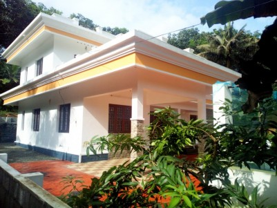 4 BHK 2200 SqFt House in 10 Cents for sale  near Cherppunkal,Kottayam