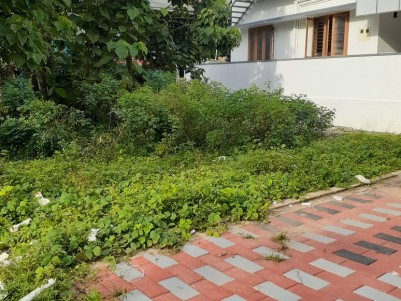 4.300 House plot for sale Near Medical College, Kalamasery, Ernakulam