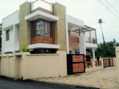 Villa/Villa plot for sale at Koonammavu junction, Ernakulam