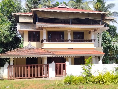 10 Cents land with 2500 SqFt House for sale at Chettupuzha, Thrissur