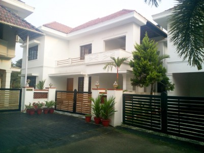 10 Cent with 2665 sqft 4 BHK Gated Community Villa for sale near Kanjikuzhy junction, Kottayam