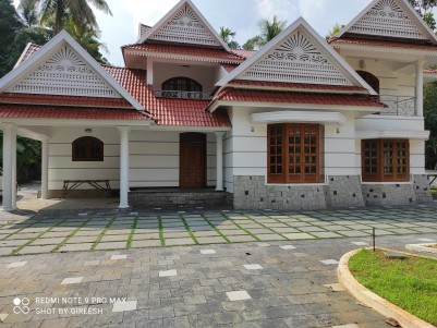 32 Cent with 3800 sqft 4 BHK and Servent room for sale at Pala, Kottayam