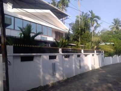 6 BHK House for sale at Kaloor, Near Deshabhimani Jn, Ernakulam