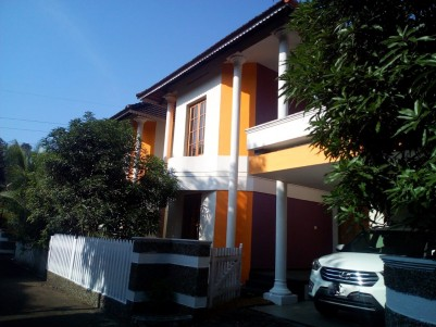4 BHK 2480 sqft Gated Community Fresh Villa in 8 Cents for sale Kalathippady, Kottayam