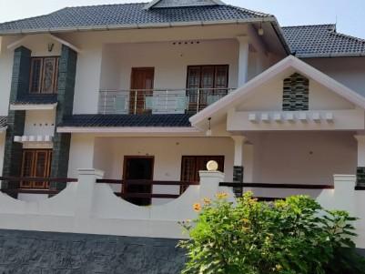 2500 sqft 4 BHK House in 13 Cent Land for Sale at Koothattukulam,Ernakulam