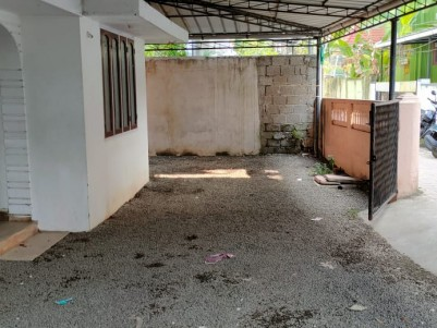 9 Cent land with  3 BHK Old House for sale at Chambakkara, Vytilla, Ernakulam