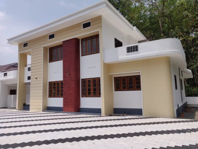 2600 sqft 4 BHK Gated Community Villa in 14 Cents land for sale in Pravithanam, Pala, Kottayam