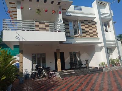 2150 Sqft 4 BHK House in 6 Cents for sale at Vennala, Ernakulam