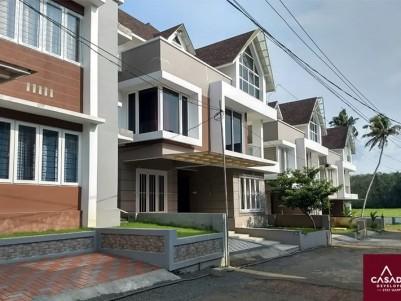 Fully Furnished 3 BHK Villa in 4 Cents for sale Near Infopark, Manakkadavu, Kakkanad, Ernakulam