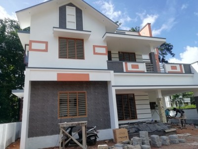 2050 sqft 4 BHK House in 5.5 Cents for sale at Kakkanad, Pallikara, Ernakulam
