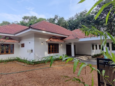 Gated Villa in 14 Cents for sale at Puliyannoor, Pala, Kottayam