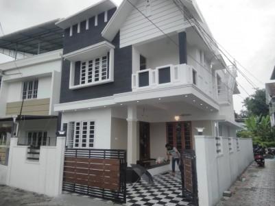 BRAND NEW HOUSE FOR SALE IN SAVITHA NAGAR, CHAKKARAPARAMBU
